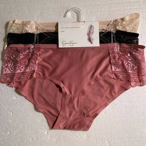 Jessica Simpson Smoothing Lace Panties L